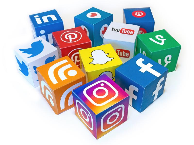 SOcialmediacubes